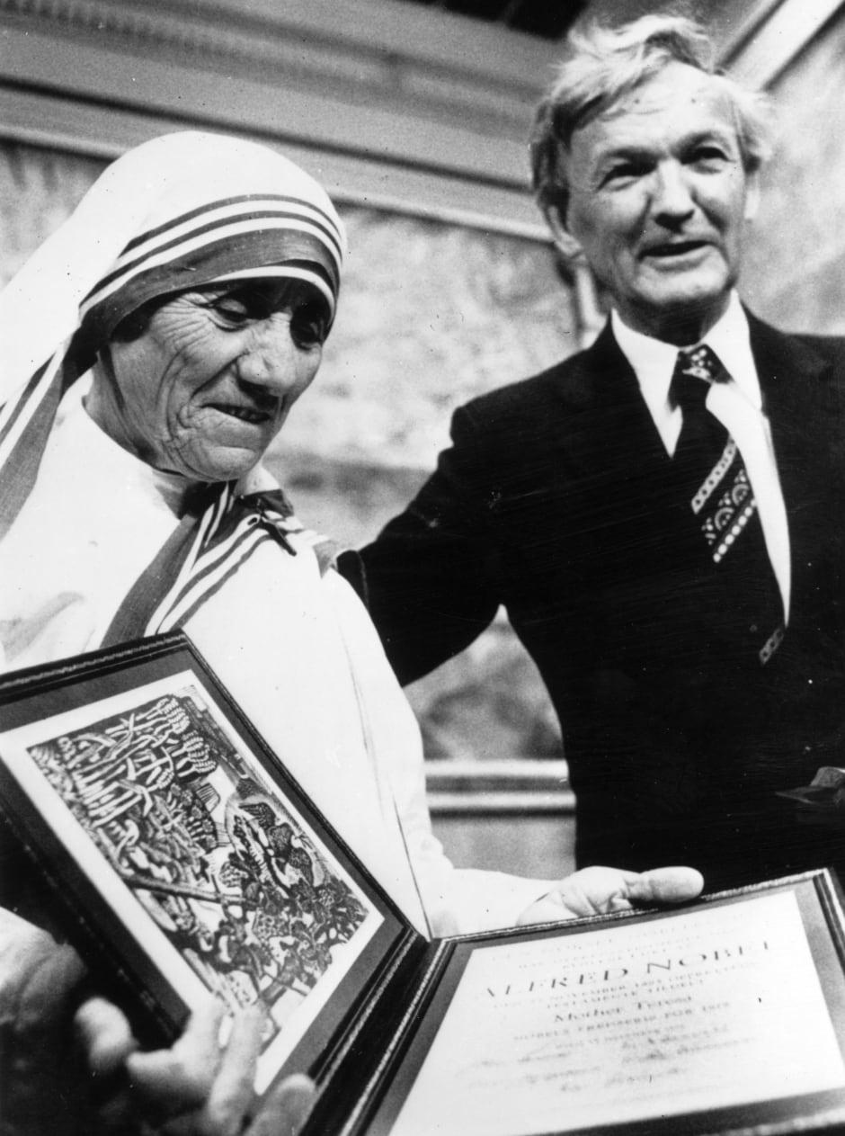 Mother Teresa Nobel Prize Winner Mother Teresa, the Cat...
