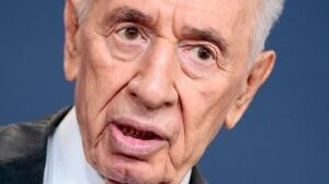 Shimon Peres life in politics