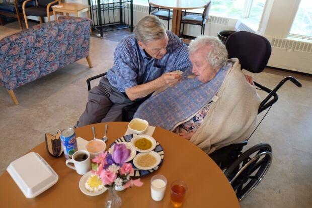 Doris and Bill Barr