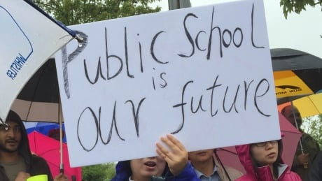 Vancouver School Board votes for more public input on closures