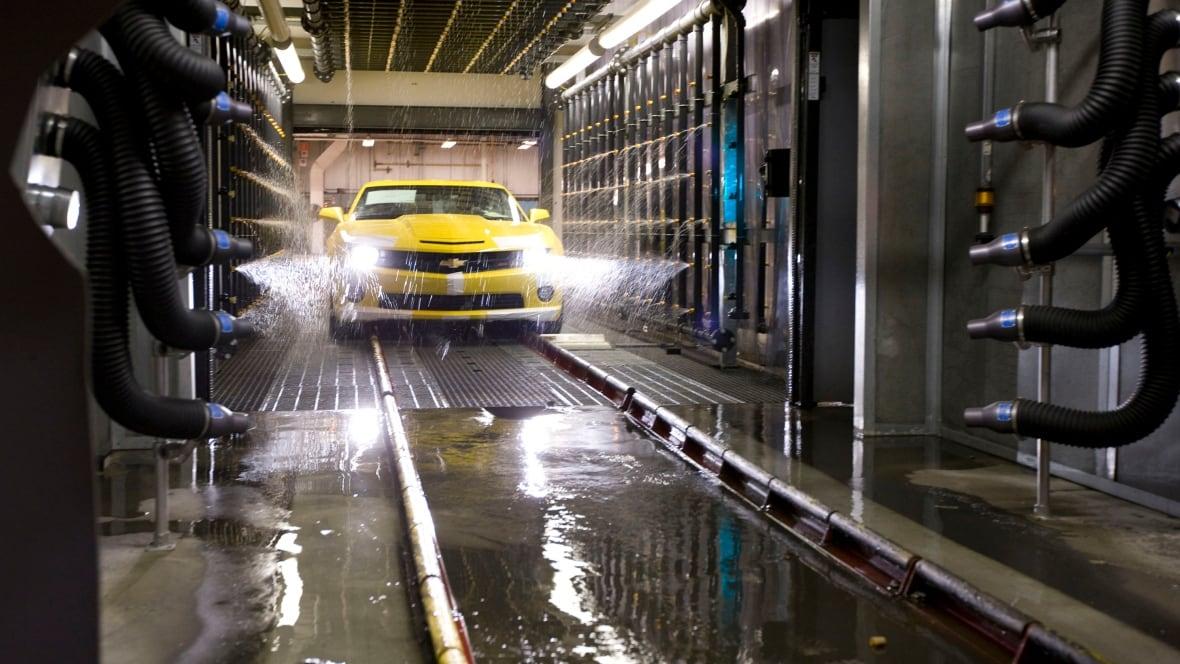 General Motors Unifor In Contract Talks As Deadline Nears General Motors News