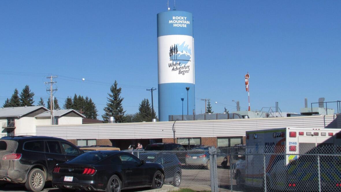 Windsor Water Tower Demolition : Heli error mistake will cost picturesque alberta town its