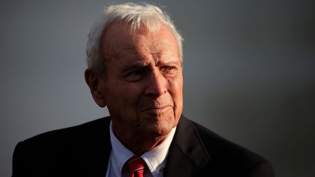 Legendary American golfer Arnold Palmer died on Sunday at the age of 87 according to multiple reports.