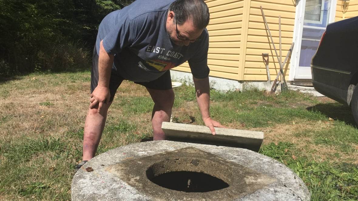 Shelburne a 'living hell' for resident with dry well - CBC.ca