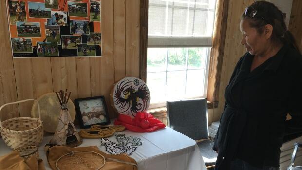 Francois Illas New Tradition: P.E.I. Mi'kmaq Women Learn Traditional Craft-making