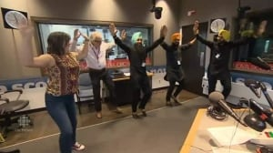 Info AM hosts Don & Louise get a dance lesson from Maritime Bhangra Group