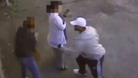 Vancouver police release video of vicious attack against 2 women