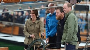 Prince William, Kate and the kids say goodbye to Canada
