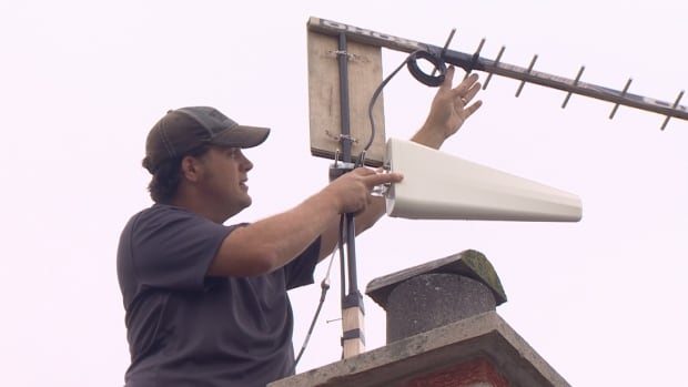 Kevin LeGris has spent 10 years trying to get a reliable high-speed internet connection at his Ottawa Valley home. He tried to fix the problem by building his own antenna with a hockey stick.