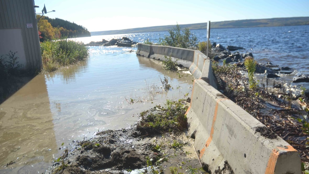 on the brink gander facing water outage as lake continues to rise