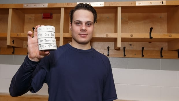 Auston Matthews Makes History With 4 Goals In Nhl Debut