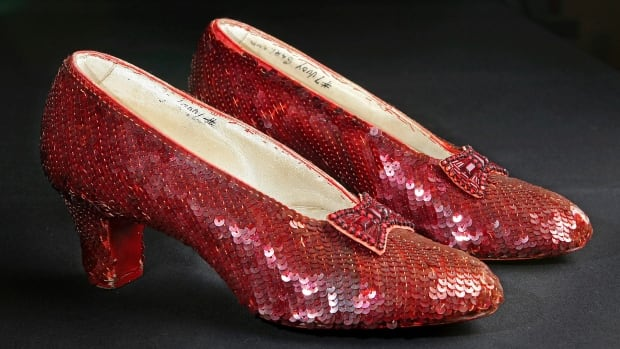 Smithsonian needs $300000 to restore Dorothy's Ruby Slippers