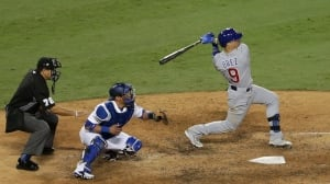 Russell, Baez lead young Cubs over Dodgers to take 3-2 lead