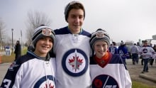 Young Jets fans at the Heritage Classic