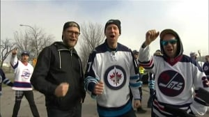 Go Jets Go! Fans gather for Heritage Classic