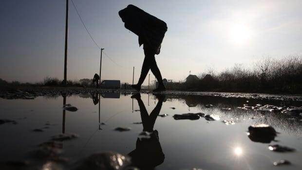 Calais evacuation