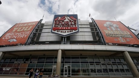 Denver-Broncos-Fan-Dies