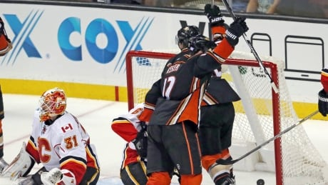 Kesler Scores Twice As Flames' Troubles In Anaheim Continue