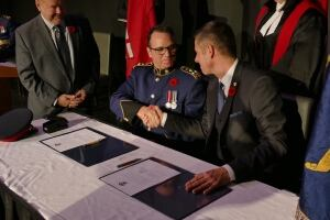 Danny Smyth sworn in as Winnipeg police chief