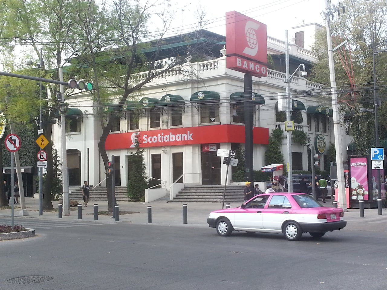 Scotiabank closing branches in canada cost