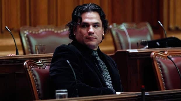 Senator Brazeau wants expense hearing