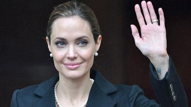 Jolie's double mastectomy