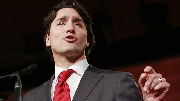 Justin Trudeau accepts Liberal leadership