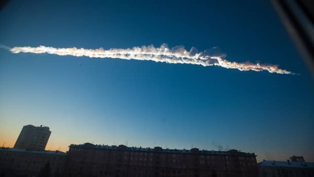 Meteor explodes over Russia
