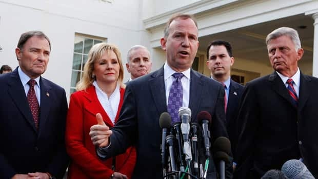 U.S. governors weigh in on the fiscal cliff
