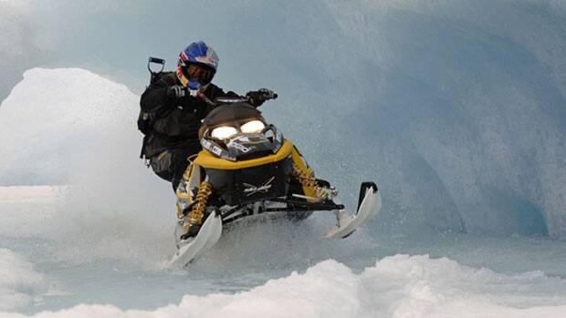 li-nl-snowmobile