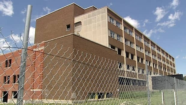 Six companies from across Ontario have qualified to bid for the job of tearing down the old Grace Hospital.