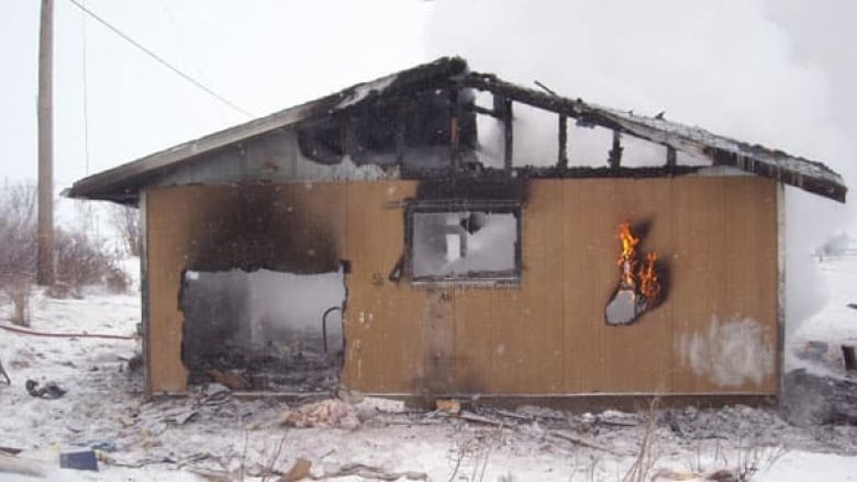 f8db39ebb00 First Nations 10 times more likely to die in house fires  report ...
