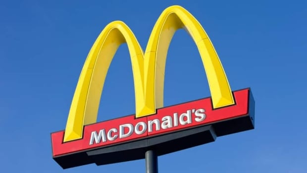 McDonald's not ready to let go of plastic straws | CBC News
