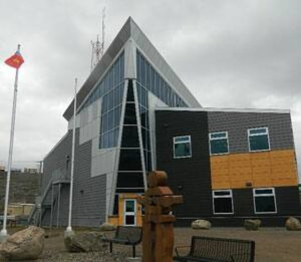 mi-iqaluit-rcmp-detachment-macisaac