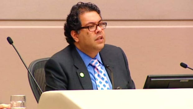 Calgary Mayor Naheed Nenshi says he supports discussions around creating a 'sunshine list' to disclose what city employees make each year but that it would have to be done right.  (CBC)