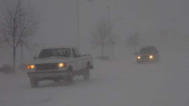 Environment Canada has issued a snowfall warning for the Ottawa area.