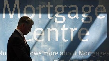 Royal Bank, TD hike mortgage rates thumbnail