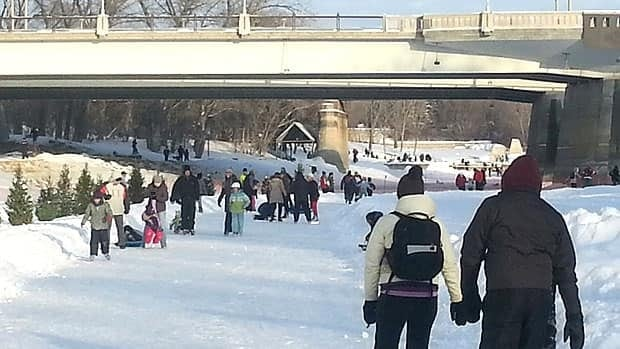 Winnipeg's River Trail was a popular place on Sunday as temperatures warmed after a week of extreme windchills.