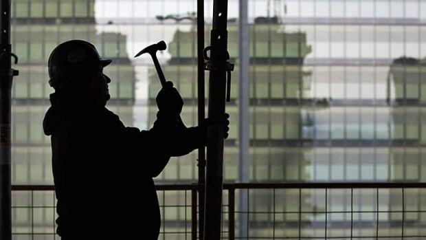 hi-condo-construction-worker