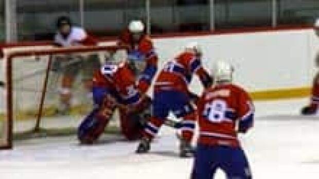si-nb-peewee-hockey-220