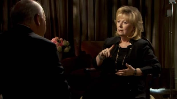 Senator Pamela Wallin speaks with CBC's Peter Mansbridge on the Senate expenses controversy.
