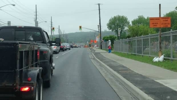 Sudbury police say people who intentionally block both lanes to prevent cars from using both lanes until a merge point can be ticketed for failing to share the roadway. (CBC)