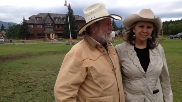 Gloria and Stan Cowley are moving out of their Kanaskis Country homestead. (Karen Moxley/CBC)