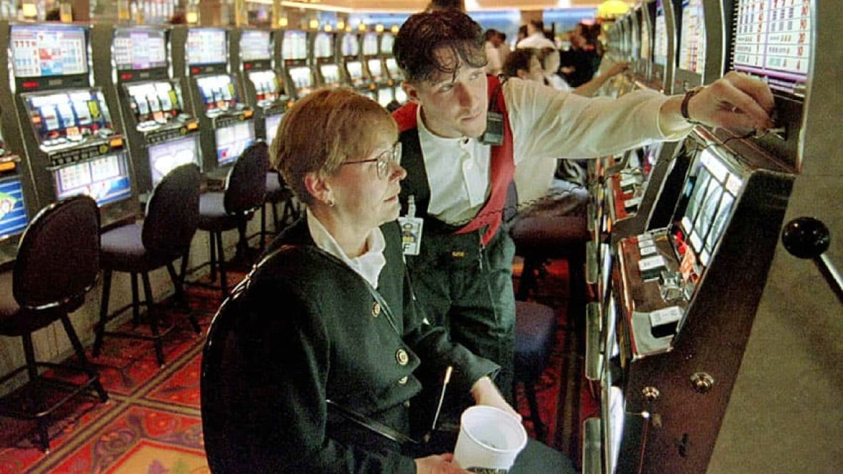 Casino jobs in canada online spades gambling