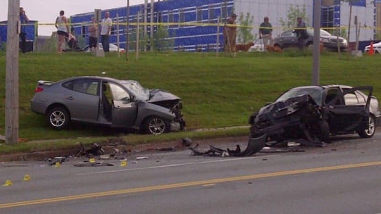 Police seek witnesses to fatal crash in Dartmouth | CBC News