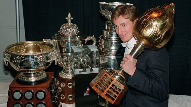 Wayne Gretzky took home the Hart Trophy in 1987, along with a few other pieces of hardware with the Edmonton Oilers that year. Who will be named the league's MVP in 2013?
