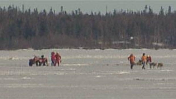 mi-yellowknife-bay-ice-rescue-may-2013