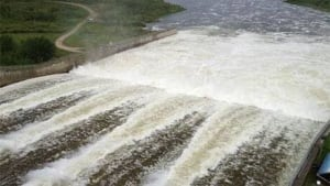 fi-dam-water-130624