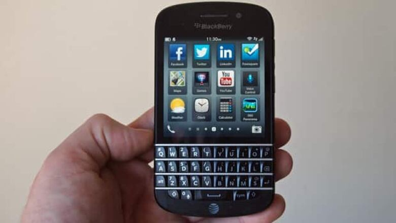 Review: BlackBerry Q10 a workhorse, but is that enough