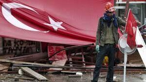 hi-turkey-wreckage-852-rtx1-4col
